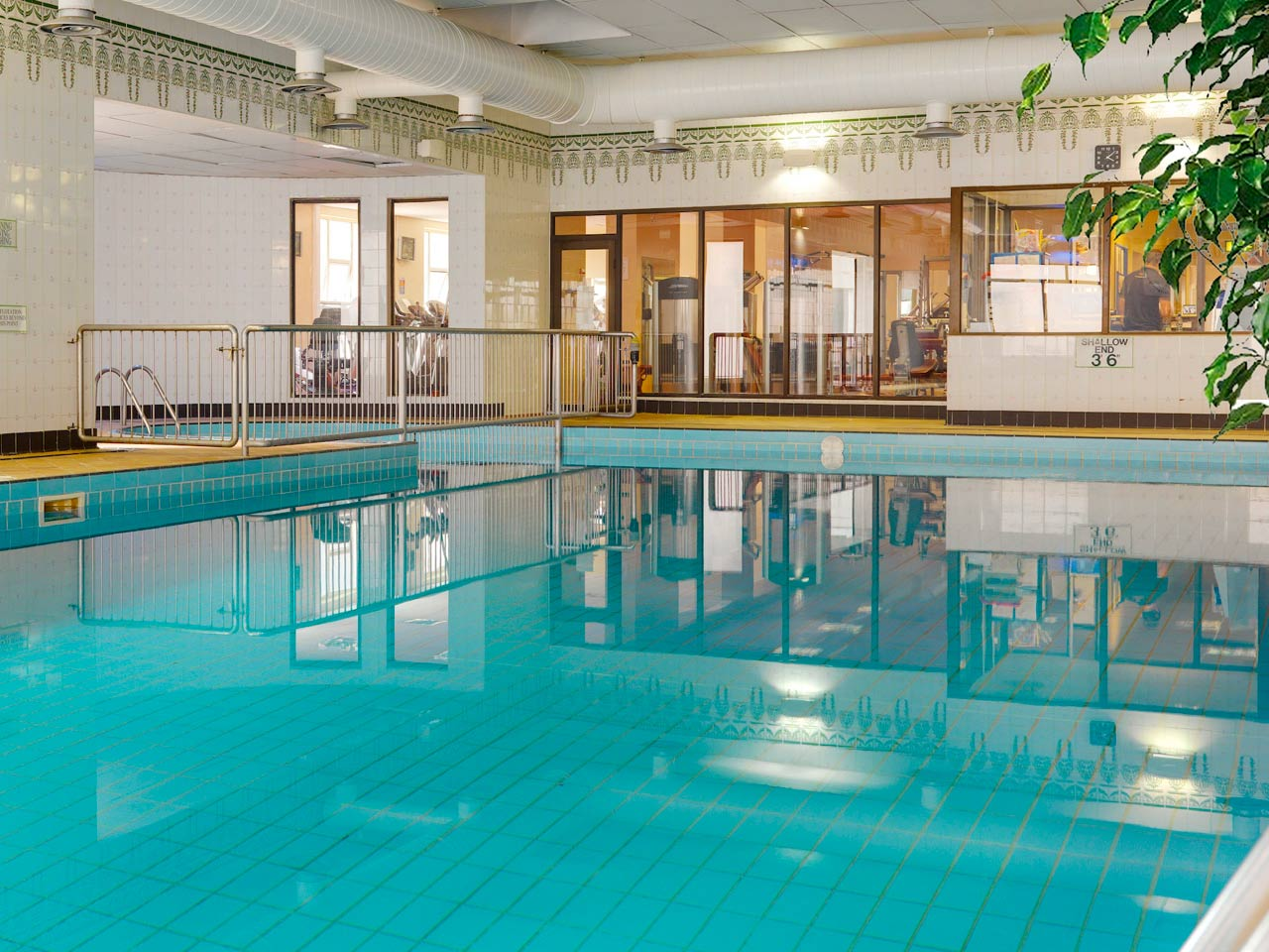 Hotel in county clare county clare hotels co clare - Cheap hotels in ireland with swimming pool ...